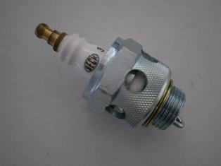 37-09B  spark plug Nº 3